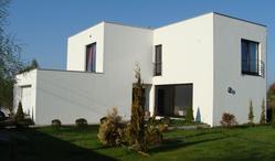 CYRYL HOUSE